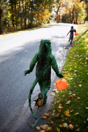 DON'T LET HALLOWEEN PLAY TRICKS ON YOUR STREETSIDE SAFETY